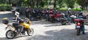 Picture of some of the motorcyclists out for their run for the day. Bertha stands in the top left - the dirty bike!