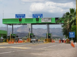 Picture of one of the toll stations which occur every few blinks of an eye in Mexico.