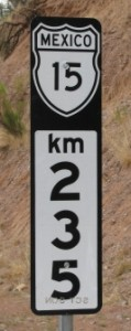 Picture showing a Mexico-15 (235km) sign.