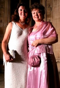 Picture of Cathy and Annie at an evening Gala for the Retinitus Pigmentosa Society
